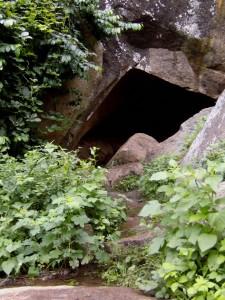 Omi-Iwo-Cave-225x300