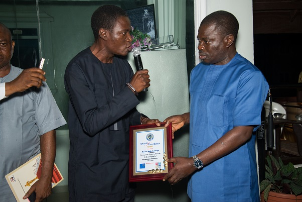 bola adeboyes receives awards
